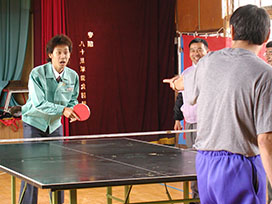 エリート大泉の「1×8町づくり推進室」(1) #04 メロンの町で卓球対決